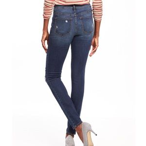 a2a25d7a07b Old Navy Jeans - - ISO - Mid Rise Distressed Rockstar Super Skinny